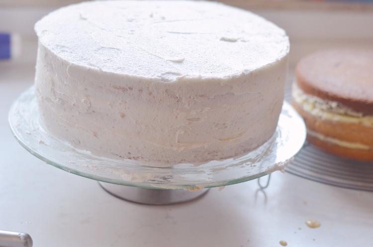 Rezept für eine zweistöckige Ombré-Torte