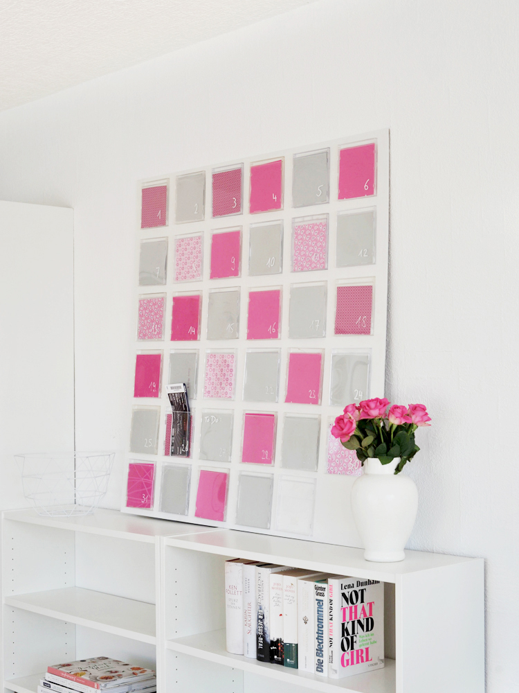 diy wandkalender aus cd h llen in zwei varianten bonny und kleid. Black Bedroom Furniture Sets. Home Design Ideas
