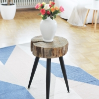 Beistelltischchen aus Holzscheibe machen