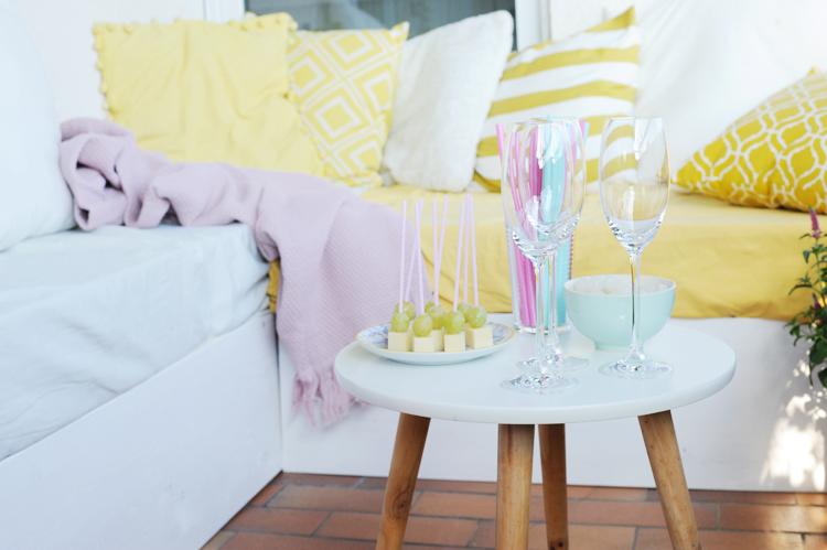 Loungemöbel für den Balkon aus Paletten bauen