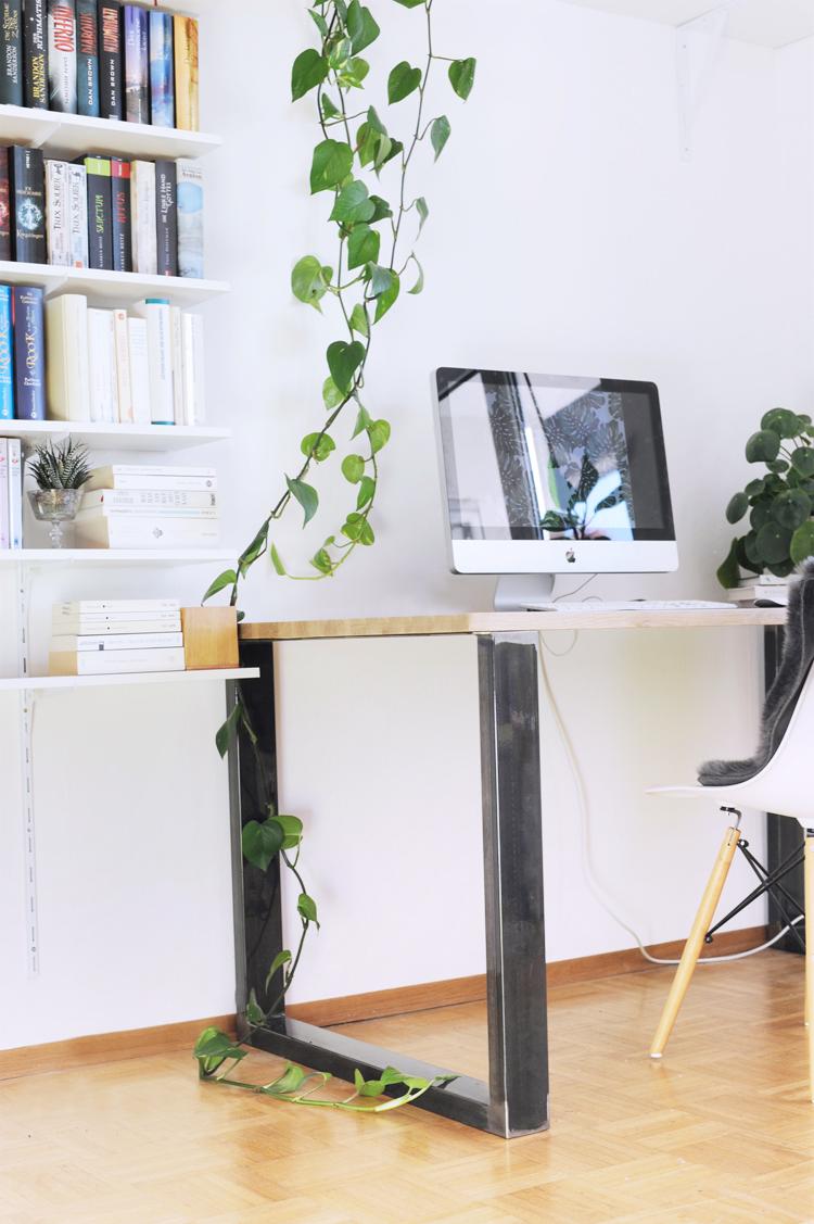 Anleitung: Schreibtisch im Industriestil selber bauen