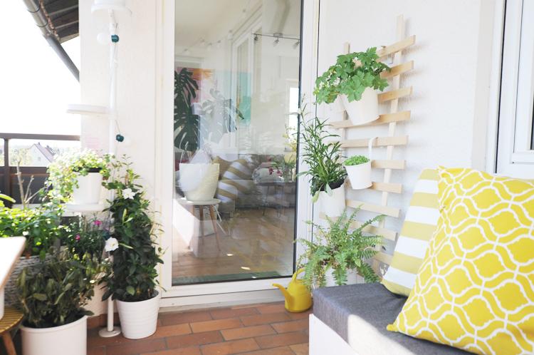 diy so baut ihr eine rankhilfe aus holz selber bonny und kleid. Black Bedroom Furniture Sets. Home Design Ideas