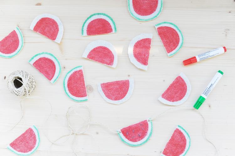 Melonen-Girlande aus Filz für den Balkon