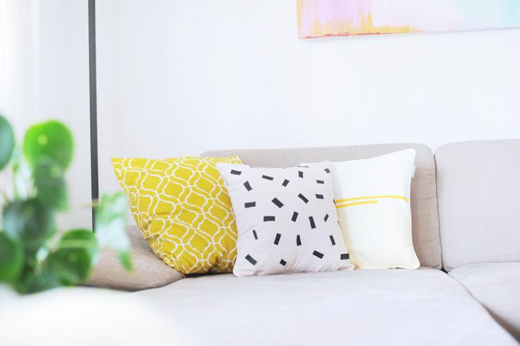 1diy kissen selbermachen faerben textilfolie textilfarbe kissen selber machen9 1 bonny und kleid. Black Bedroom Furniture Sets. Home Design Ideas