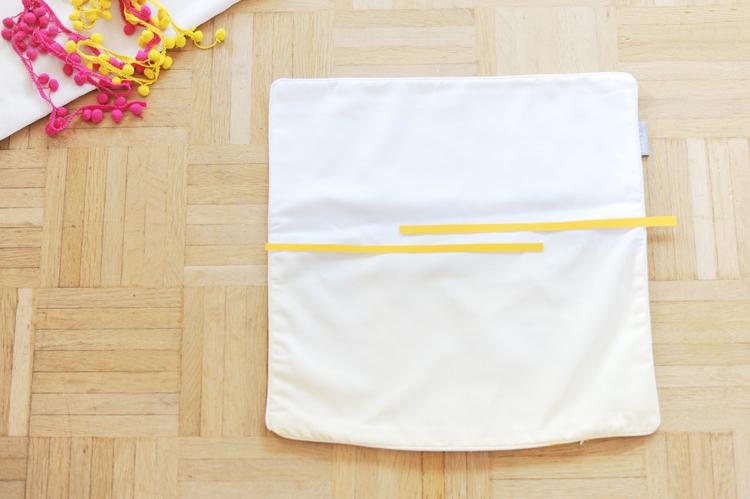 diy kissen selbermachen faerben textilfolie textilfarbe kissen selber machen7 bonny und kleid. Black Bedroom Furniture Sets. Home Design Ideas